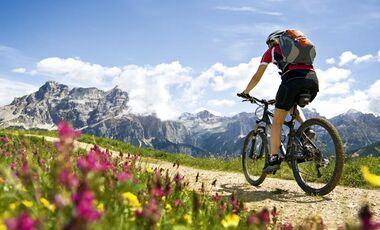 MB 0710 Heft - Vorschau - Über alle Berge - Alpencross
