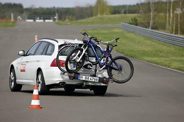MB 0711 Radträger test fahrversuche