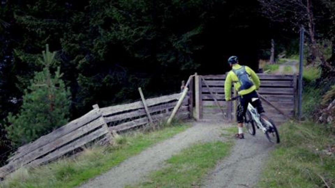 Mit den Mountainbikern Alex Mattsson und Armin Belly durch die Fjorde von Sunnmøre