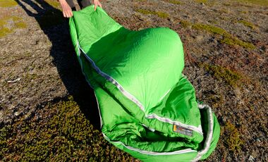 OD-0215-Tested-on-Tour-Mammut-Ajungilak Kompakt 3-Season Schlafsack (jpg)