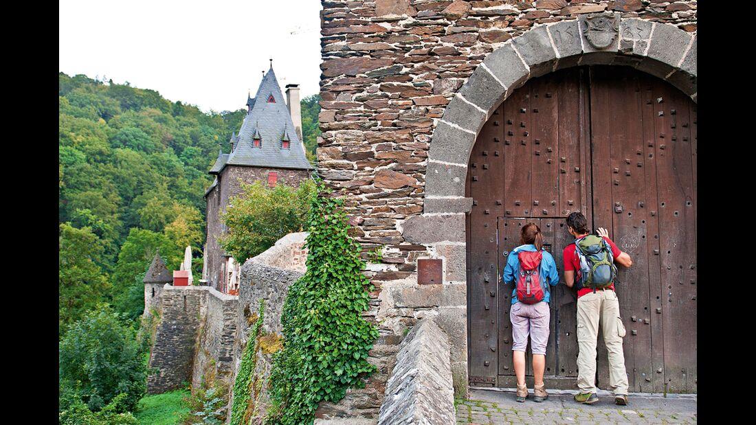 OD 0512 Eifel Burg Eltz breit
