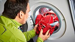OD 0516 Basislager Instructor Wachs imprägnieren Kleidung Pflege Fjällräven Herauswaschen