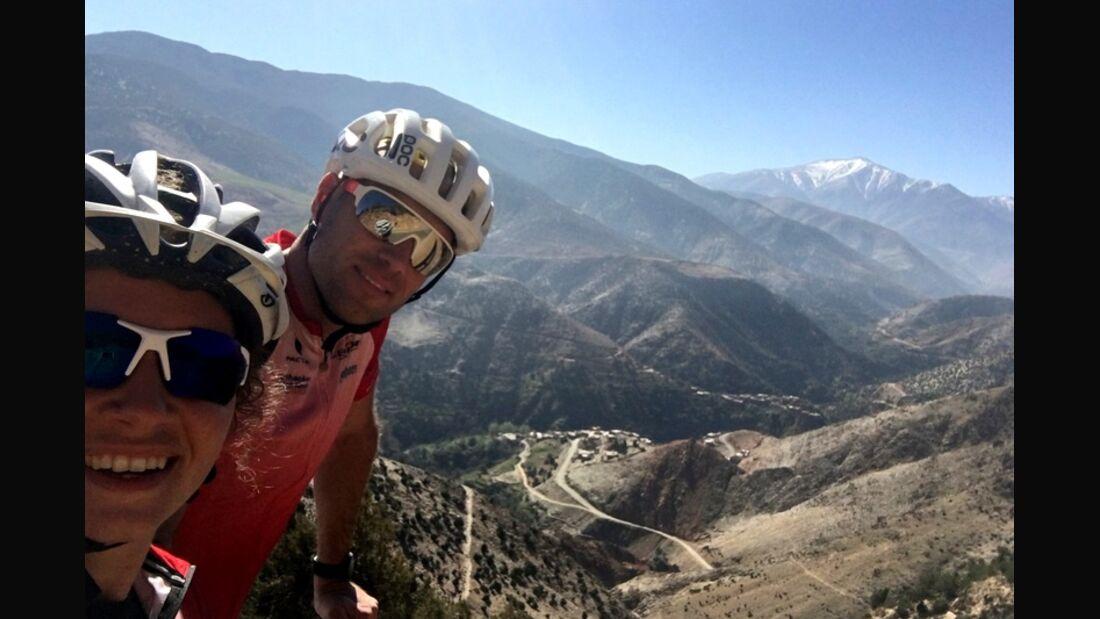 OD 0519 Atlasgebirge Marokko Überquerung Mountainbike Schafe