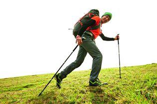 Wandertipps: So setzt ihr eure Trekkingstöcke richtig ein