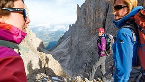OD 1115 Woman Südtirol Dolomiten Langkofelscharte