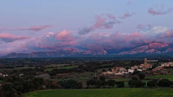 OD 2011 Reise Know How  Spanien Kom-bo-Kombo_Wikimedia_Amanecer_del_2010_en_Junzano (jpg)