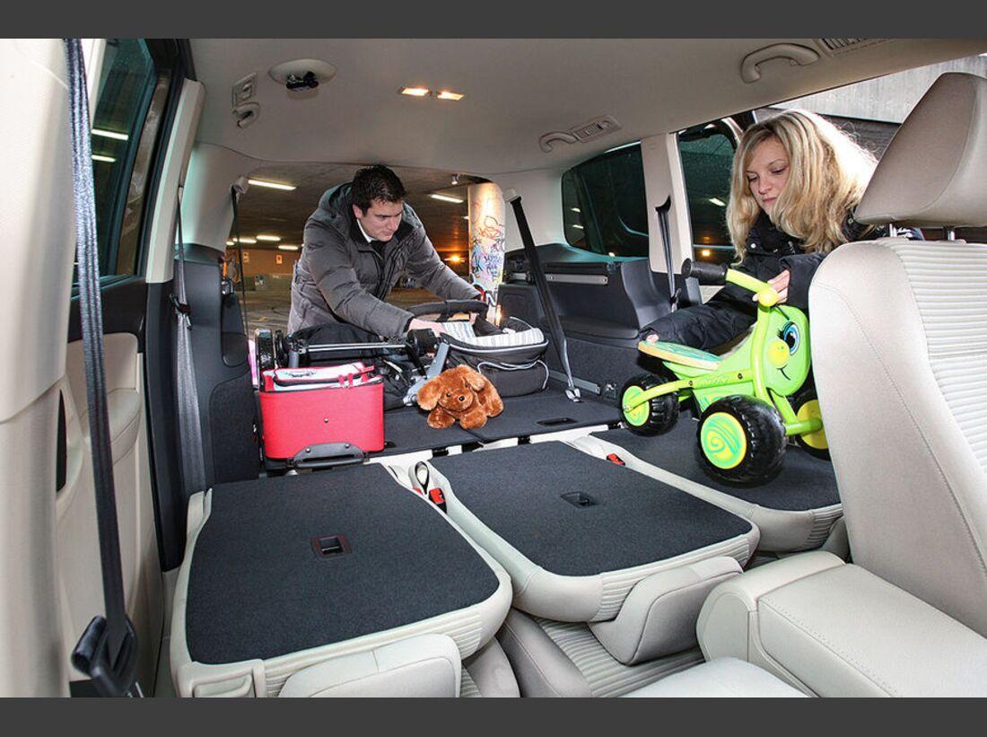 OD-2012-AMS-Special-Seat-Alhambra-Innenraum-02 (jpg)