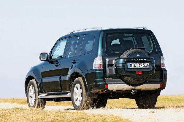 OD-2012-DieBestenFamilienautos-ab30.000-Mitsubishi-Pajero (jpg)