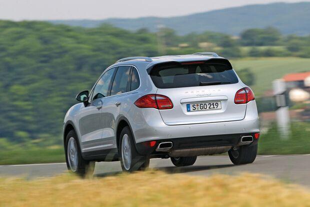 OD-2012-DieBestenFamilienautos-ab30.000-Porsche-Cayenne (jpg)