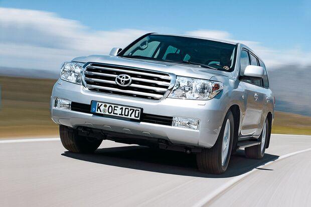 OD-2012-DieBestenFamilienautos-ab30.000-Toyota-Landcruiser-V8 (jpg)