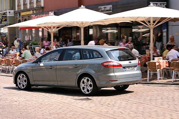 OD-2012-DieBestenFamilienautos-bis30.000-Ford-Mondeo-Turnier (jpg)