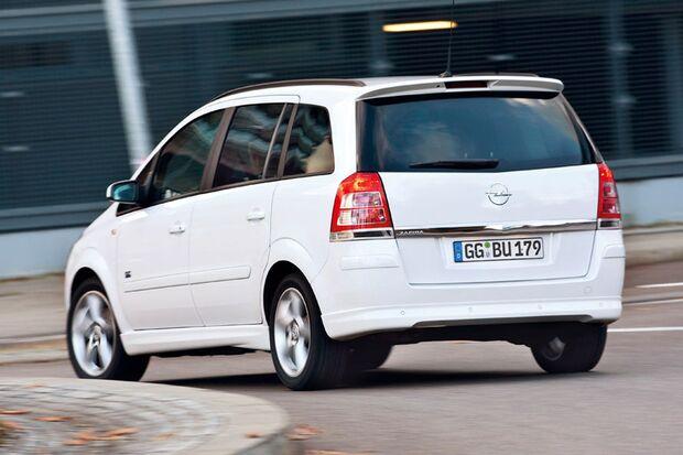 OD-2012-DieBestenFamilienautos-bis30.000-Opel-Zafira (jpg)