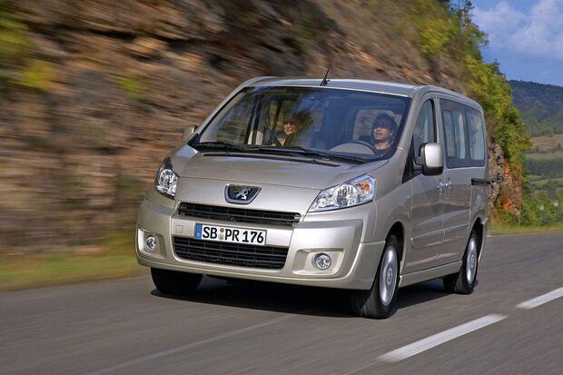 OD-2012-DieBestenFamilienautos-bis30.000-Renault-Expert-Tepee (jpg)