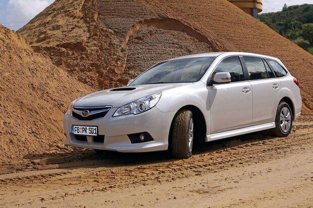 OD-2012-DieBestenFamilienautos-bis30.000-SUBARU-Legacy (jpg)