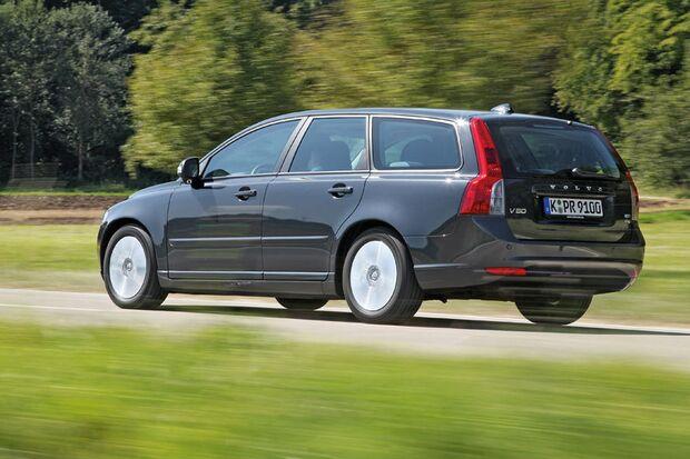 OD-2012-DieBestenFamilienautos-bis30.000-Volvo-V50 (jpg)