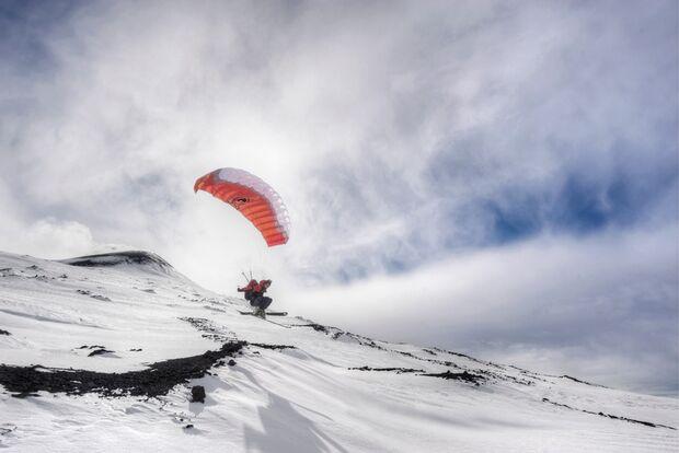 OD-2012-Peak-Project-Speedflyer-Etna-Italien-5 (jpg)