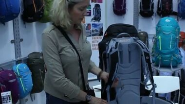 OD 2013 Outdoor-Messe Lowe Alpine Axiom Tragesystem Rucksack Shot fuer Video