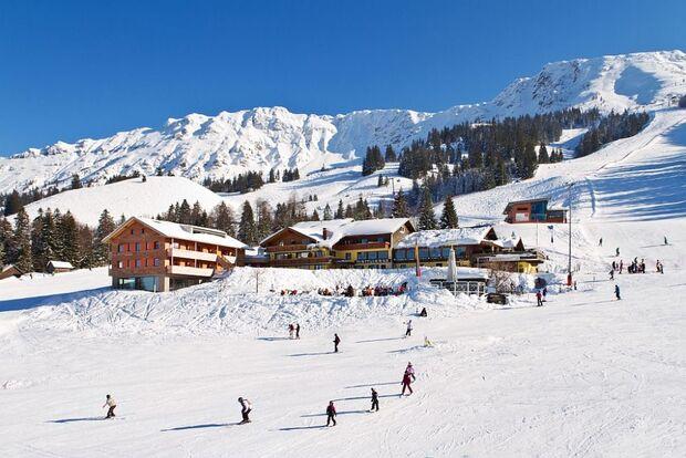 OD-2014-Bayern-Hotels-Mattlihues Aussenansicht Winter (jpg)