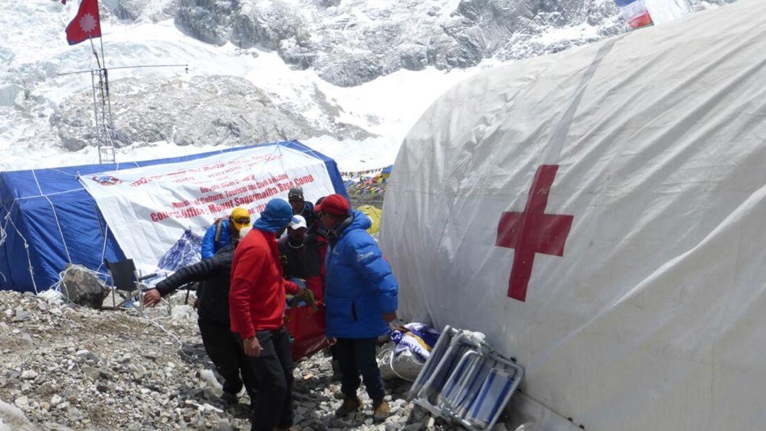 OD 2014 Sherpahilfe Everest Erste Hilfe Bergsteigen
