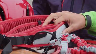 OD 2016 ASI Bergführer rät Ausrüstung für Klettersteigtouren