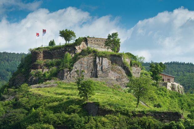 OD 2016 Advertorial Rheinland Pfalz Tourismus AhrSteig Burg