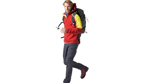 OD-2016-Neuheit-b-Jacke-Mammut-Ultimate-Light-Softshell-Outdoor-Messe-Friedrichshafen (jpg)