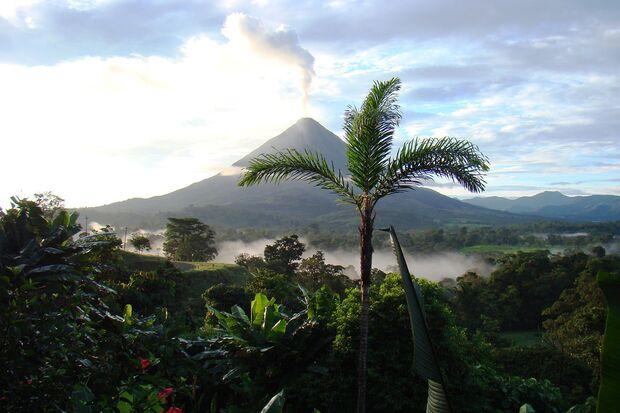 OD 2017 Trekking Abenteuer pixabay Costa Rica Vulkan