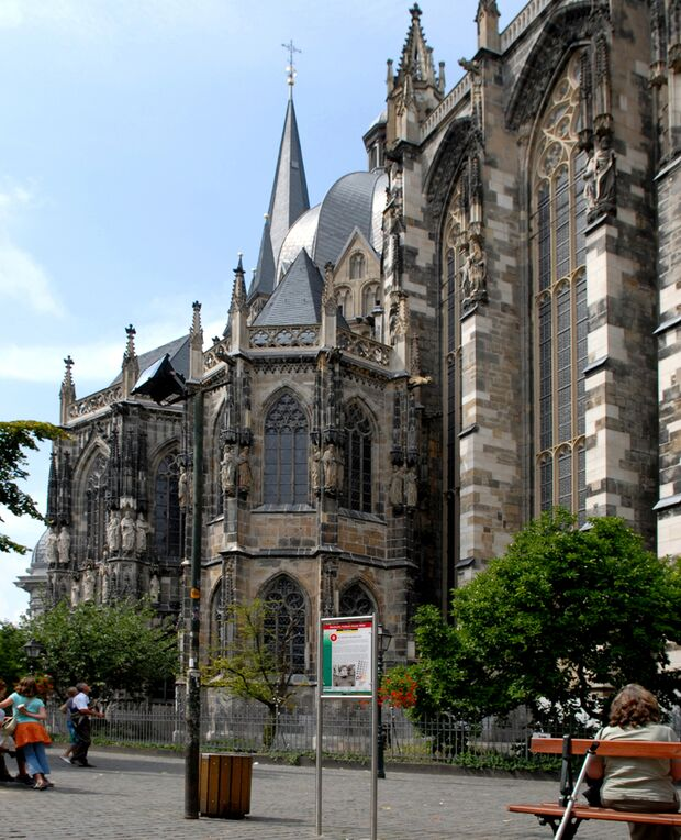 OD Aachen Dom NRW DFR  Radweg
