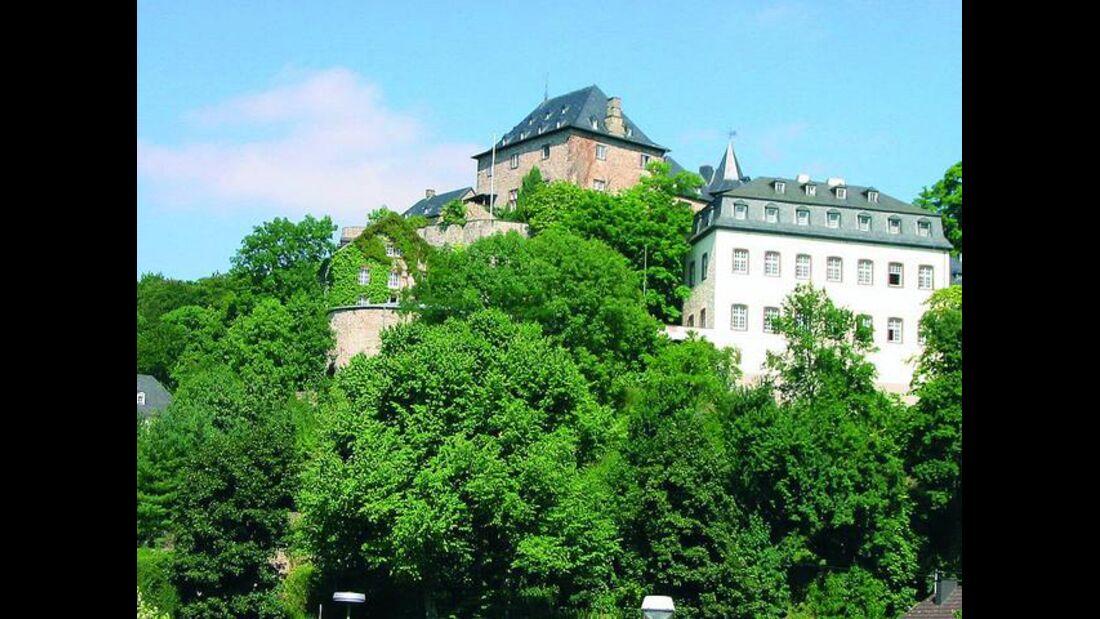OD-Eifelsteig-04_Gem_nd_Blankenheim-Burg (jpg)