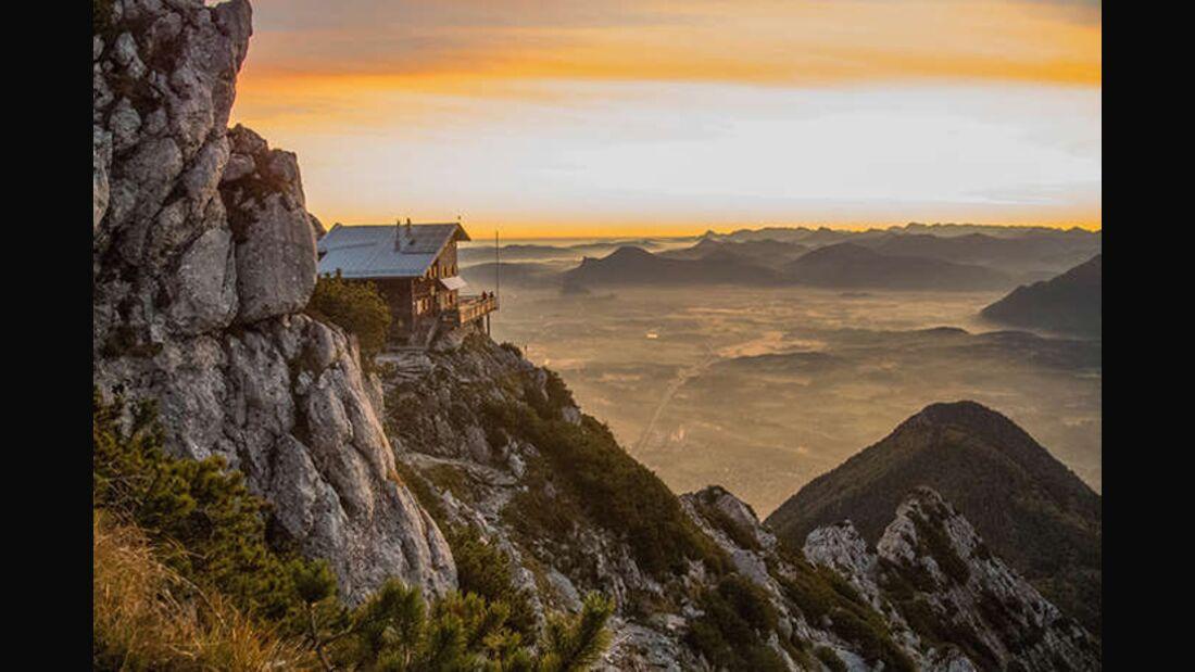 OD Reichenhaller Haus Staufenhaus Hochstaufen Berchtesgadener-Land Bayern Berghütte