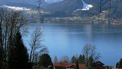 OD Tegernsee Bergkulisse Bergwandern pixelio