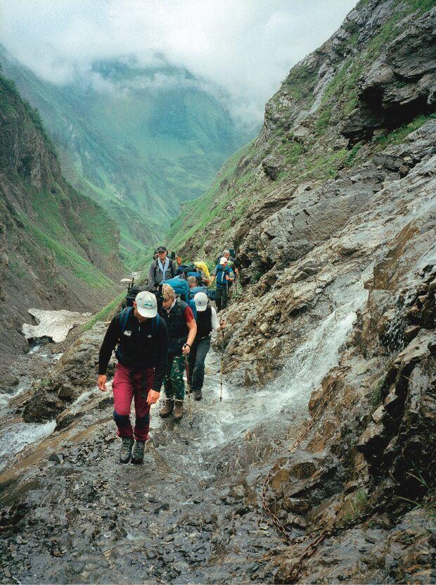 OD Zu Fuß über die Alpen - alle Infos zum Alpencross Wanderer in Reihe