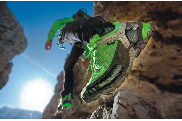 OD_outdoor_fdh_2009_messeheft_Schuhe_Salewa Firetail GTX (jpg)
