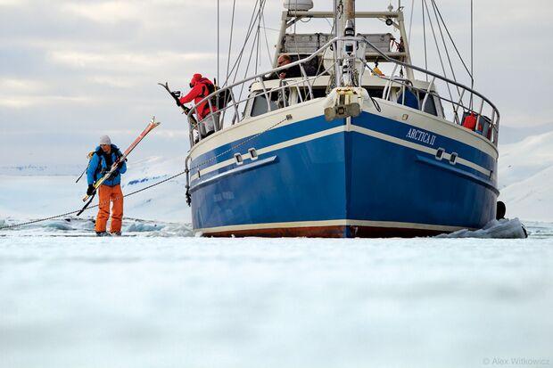 PS-2012-warren-miller-norwegen-SVALBARD_JAKIEAURELIEN1_6x9_300 (jpg)