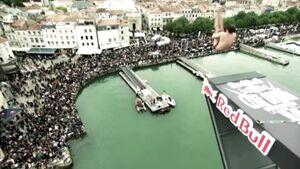 Red-Bull-Aktion-Cliff-Diving-2011-UK-Teaserbild (jpg)