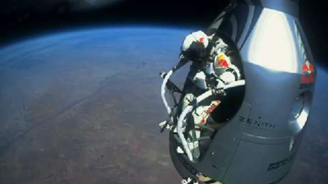 Red Bull Stratos: Rekordsprung aus 39 Kilometern Höhe Felix Baumgartner