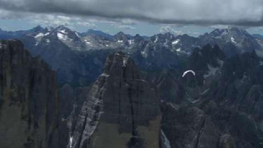 Red Bull X-Alps 2011: Mit Gleitschirm und zu Fuß 1807 km über die Alpen