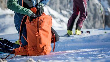 Skitouren Special 2020, Rucksäcke + Zubehör