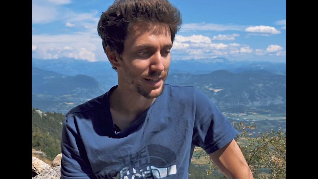 Stefano Ghisolfi klettert Bibliographie (9c) in Céüse