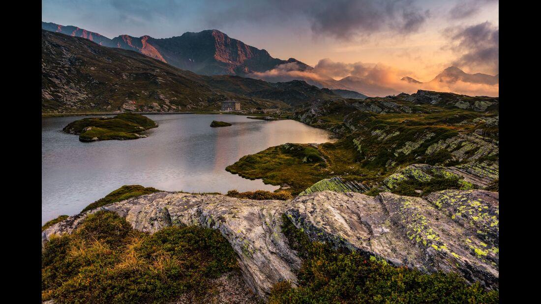 Switzerland Summer: Mesocco, Laghetto Moesola