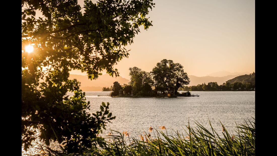 Switzerland Summer: Richterswil, Insel Schoenenwerd
