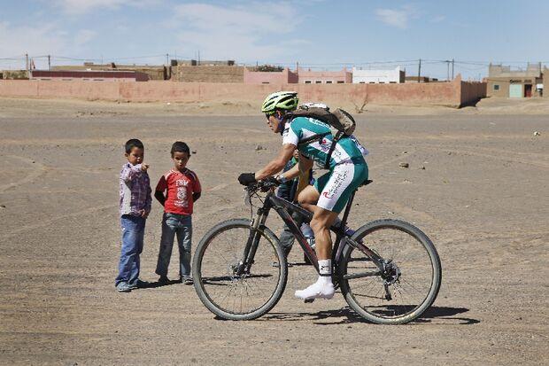 Titan Desert 2012 - knallhartes MTB-Rennen durch Marokko 16