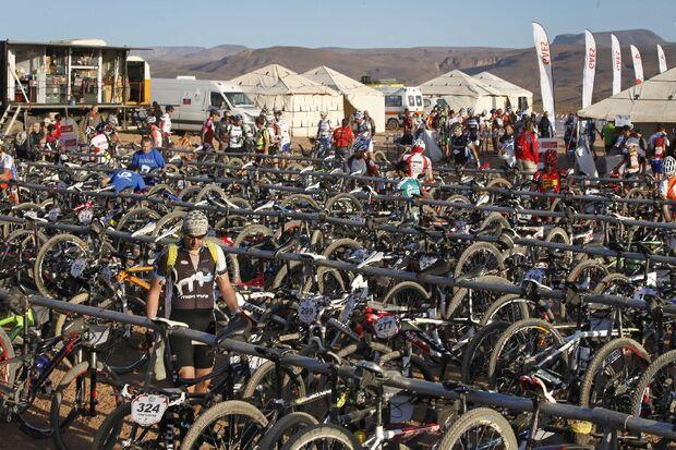 Titan Desert 2012 - knallhartes MTB-Rennen durch Marokko 31