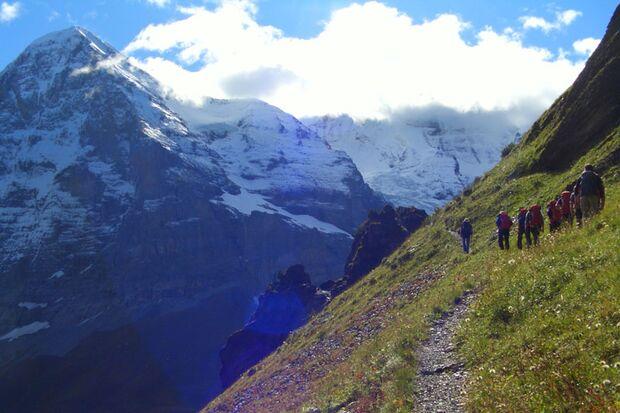 dmax-mountaincamp-0a (jpg)