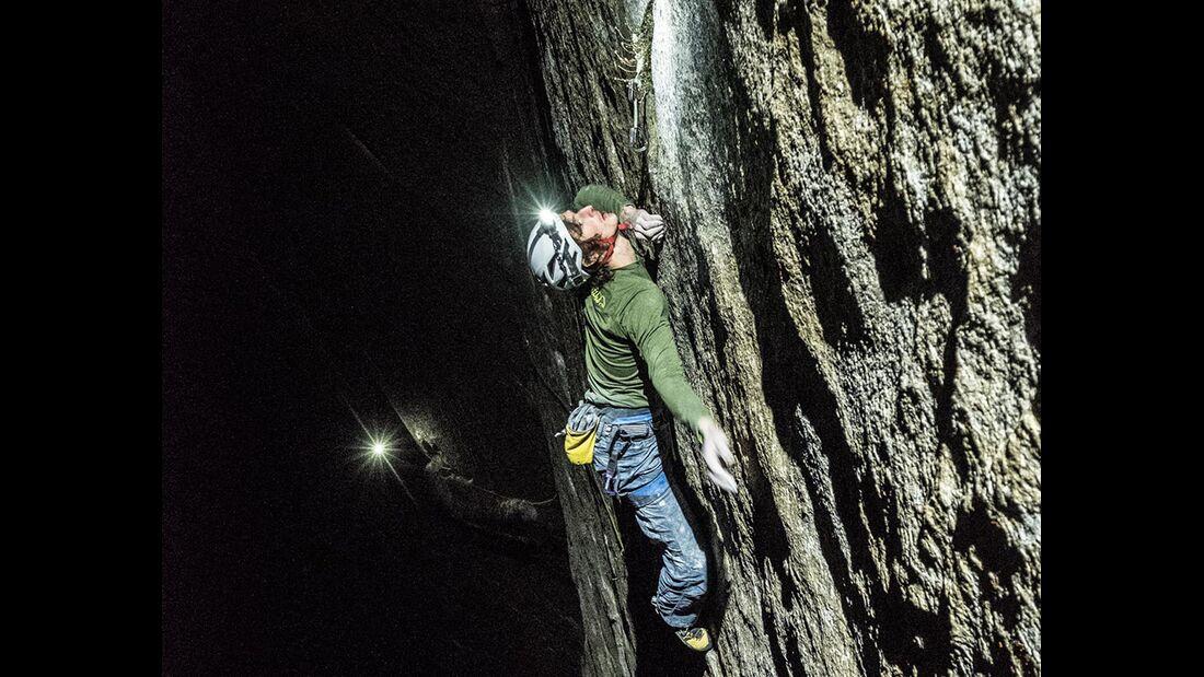 kl-adam-ondra-climbs-dawn-wall-c-heinz-zak-20161117_21_2 (jpg)