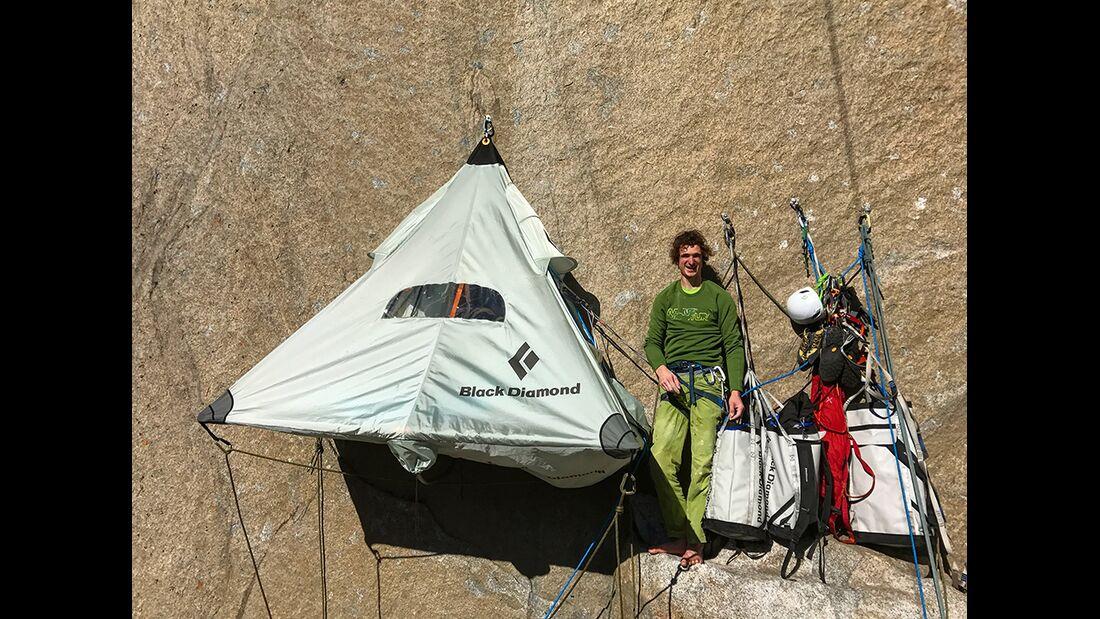 kl-adam-ondra-climbs-dawn-wall-c-pavel-blazek-_07 (jpg)