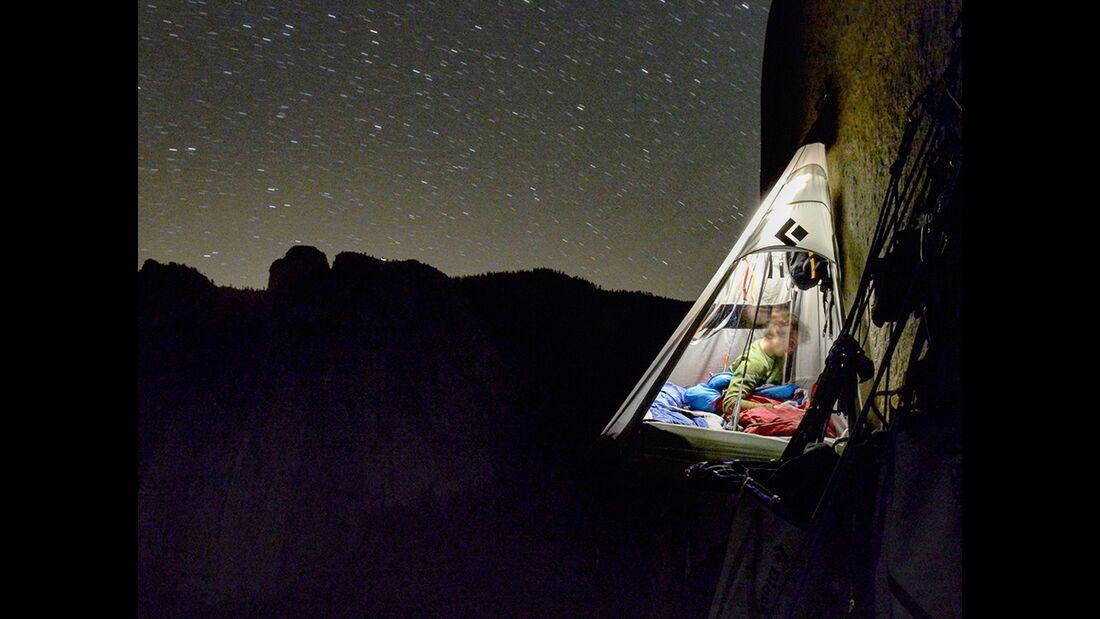 kl-adam-ondra-climbs-dawn-wall-c-pavel-blazek-_26 (jpg)