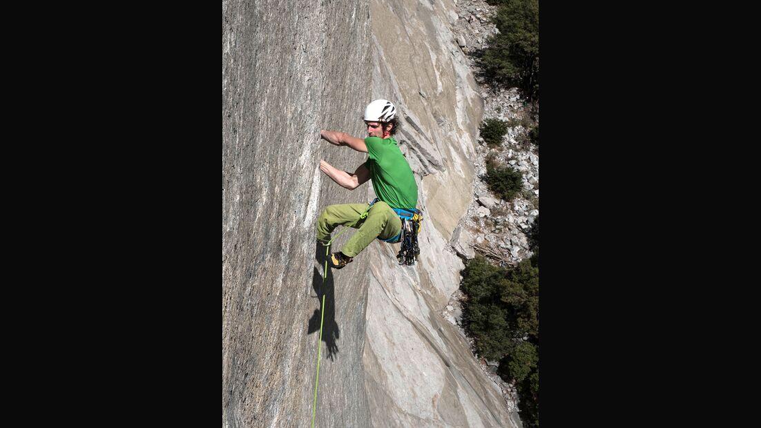 kl-adam-ondra-climbs-dawn-wall-c-pavel-blazek-frueh (jpg)