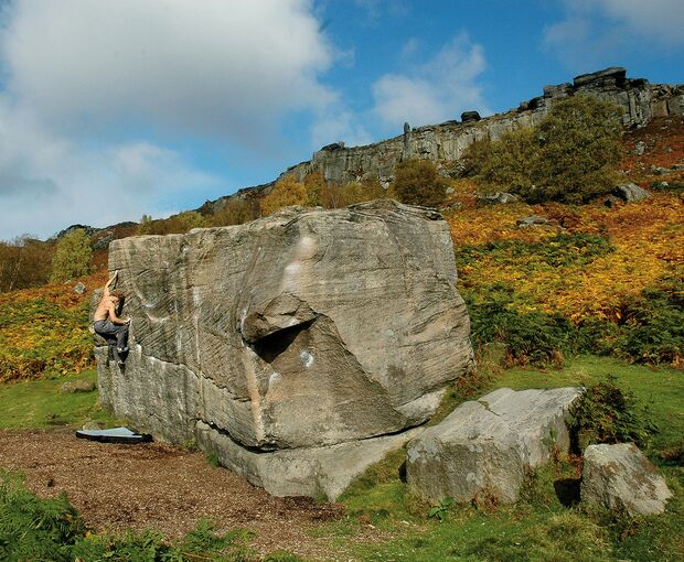 kl-bouldern-england-boulder-britain-peak-district-curbar (jpg)