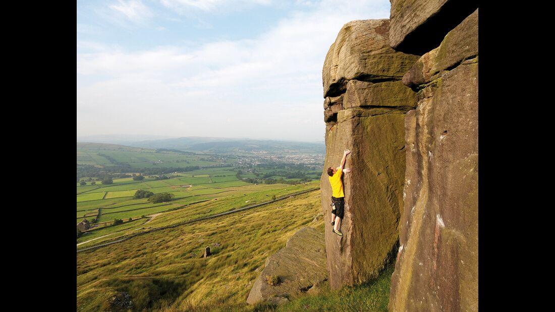 kl-bouldern-england-boulder-britain-peak-district-earl (jpg)